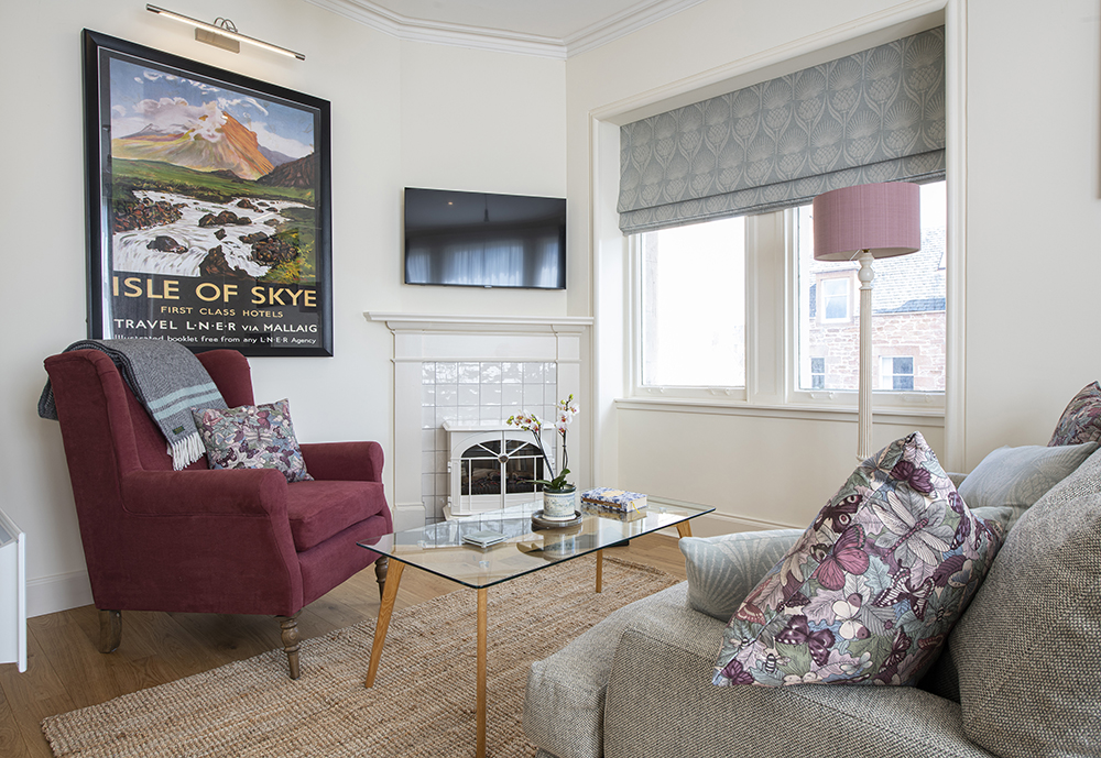 The living room in the Isle of Skye Serviced Apartment, Inverness