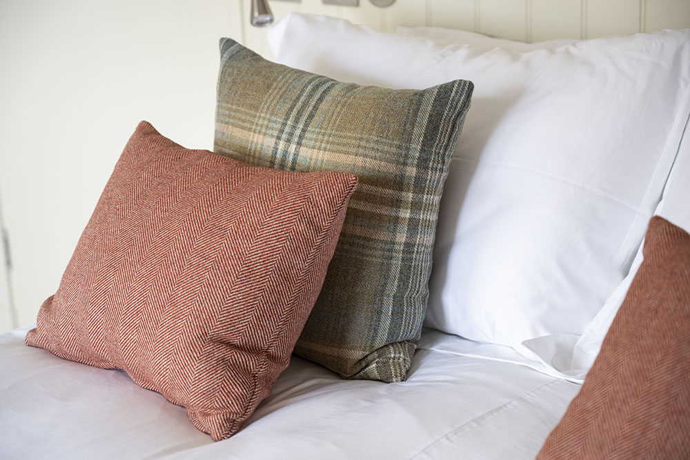 Stylish touches in our tree house serviced aparment in Inverness