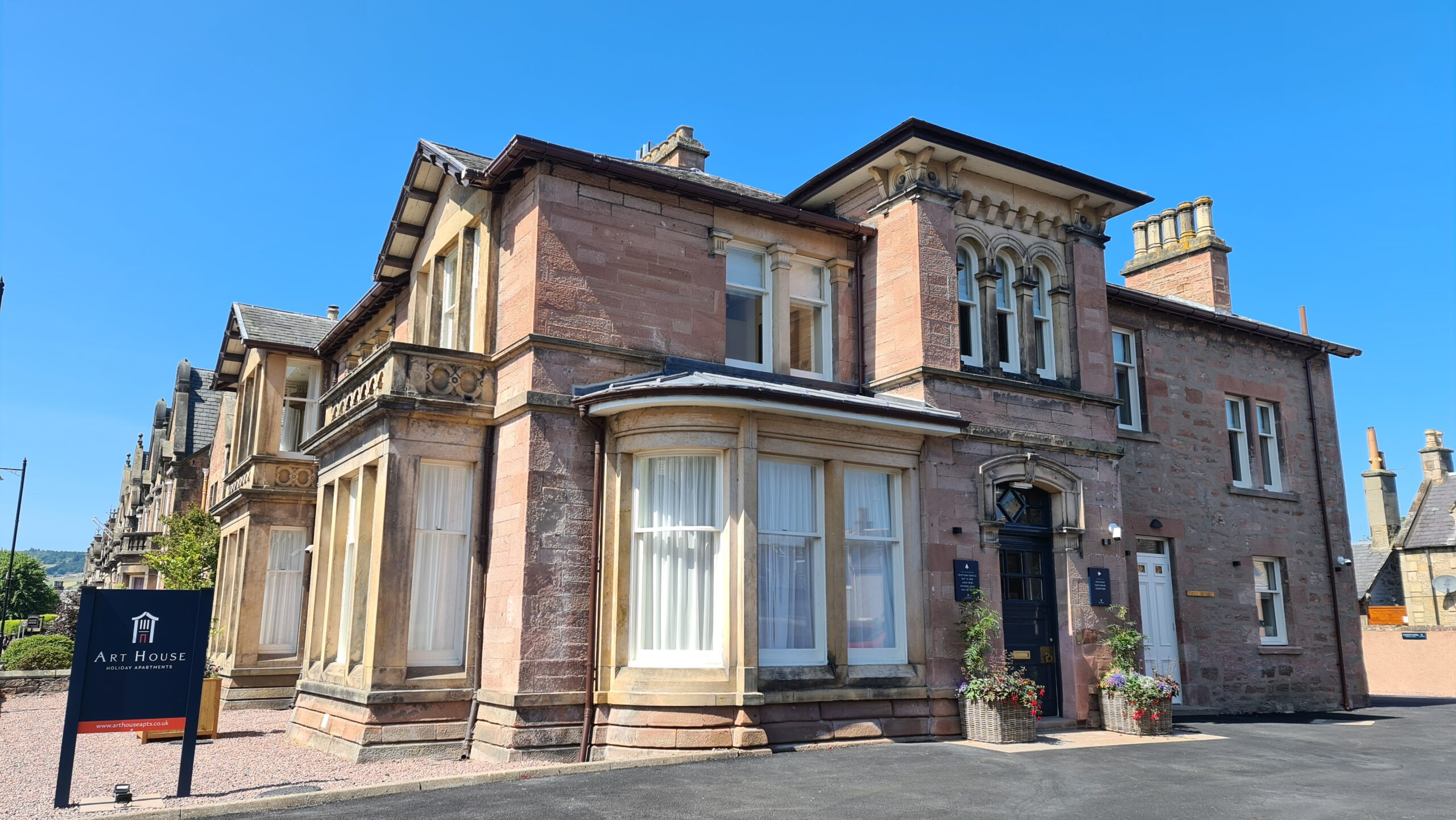 Art House Serviced Apartments Inverness